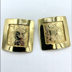 Vintage 80's square gold embossed post earrings